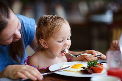 La Dermatitis Atopica en Niños puede Mejorarse a Traves de la Alimentacion